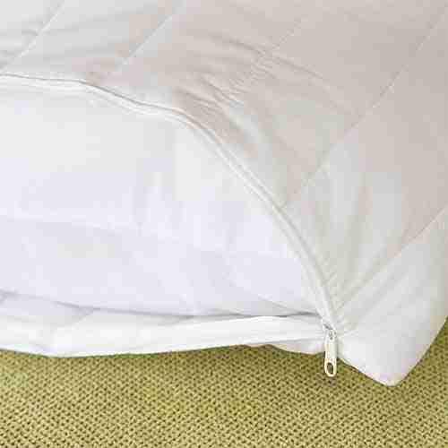 Protector de almohada acolchado. Plumatex proveedores de lencería hotelera. Hostelería Ecuador